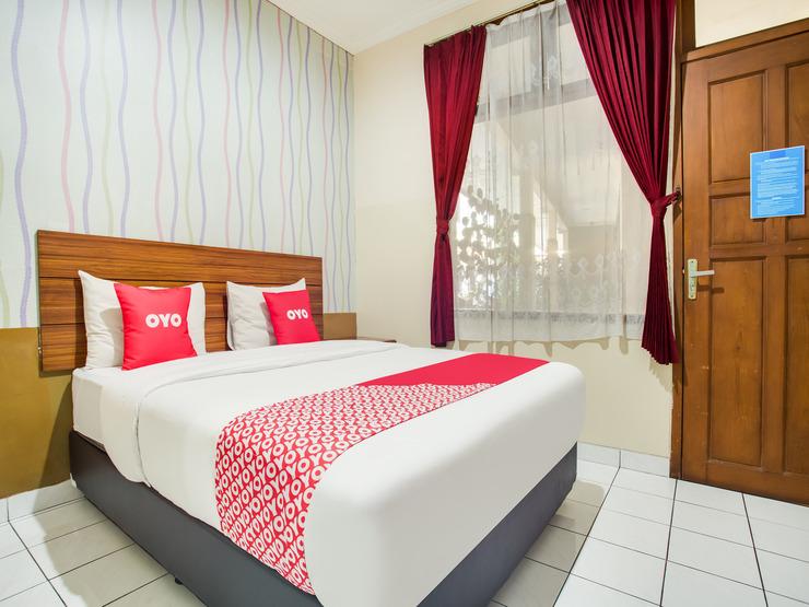 OYO 3756 Pilatus Hotel Bandung Bandung - Bedroom
