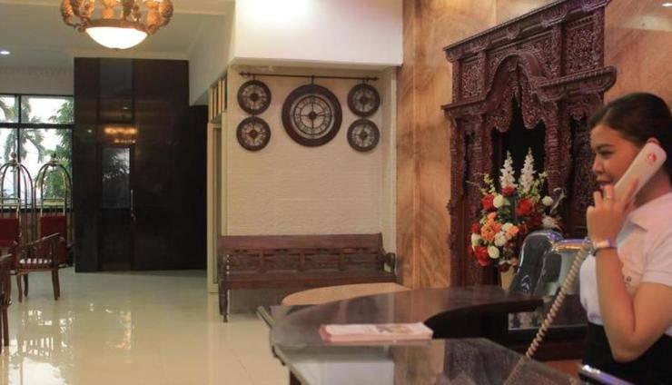 Imelda Hotel Padang - Koridor Meeting Room