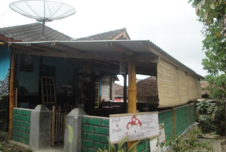 Jaya Homestay Lombok - House
