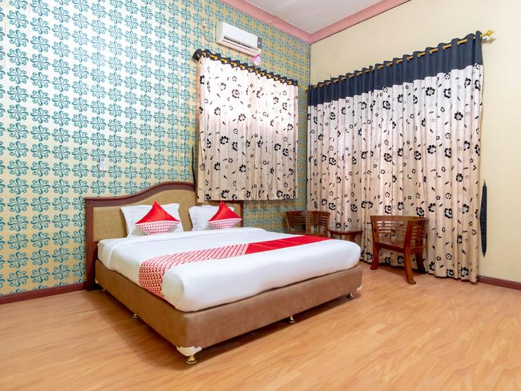 OYO 2777 Sleepover Sei Serayu Medan - Bedroom Su D