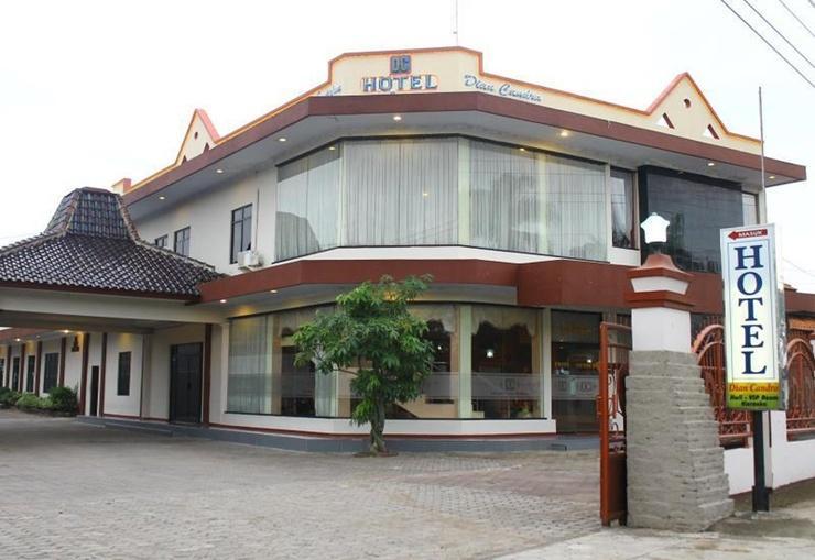 Dian Candra Hotel   - Exterior
