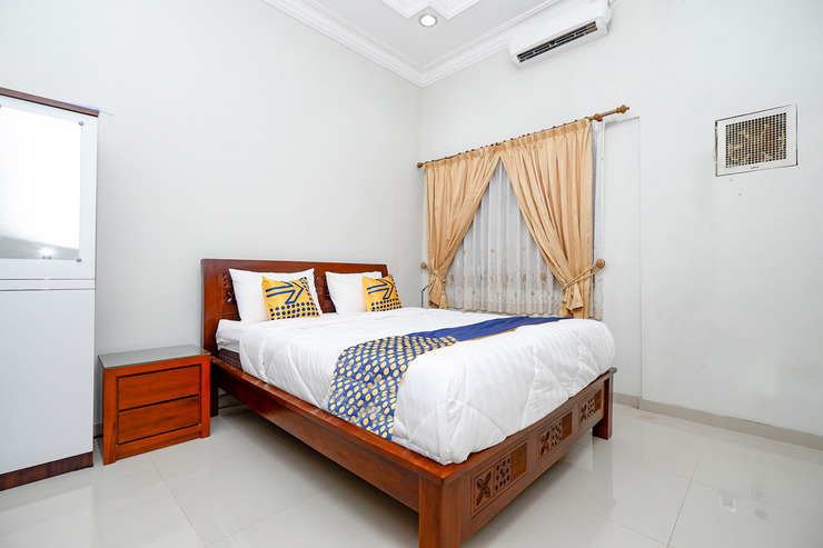 SPOT ON 2618 Jepara Guest House Jepara - Spot On Double