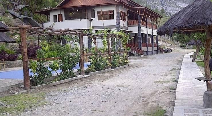 Saulina Resort Parapat - (16/June/2014)
