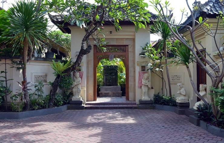 Hotel Jati & Homestay Sanur - Eksterior