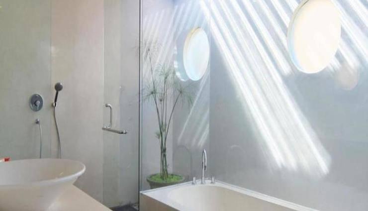 Destiny Villas Seminyak - Kamar mandi