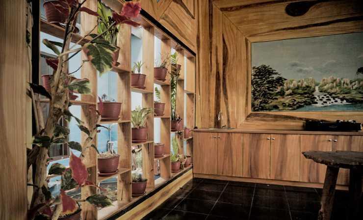 Ayodhya Garden Hostel Yogyakarta by HOM Yogyakarta - Luxury Executive