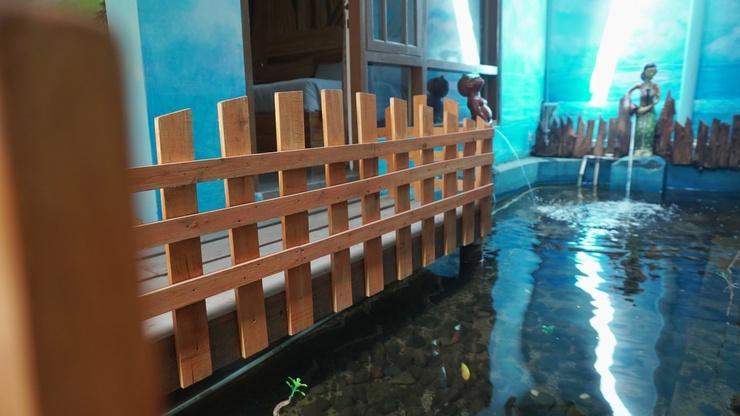 Ayodhya Garden Hostel Yogyakarta by HOM Yogyakarta - Fish Pond