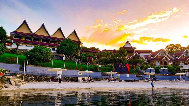 KHAS Parapat (formerly Inna Parapat Hotel & Resort) Danau Toba - danau