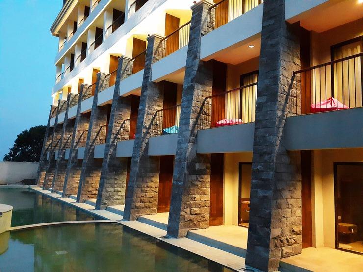 The Batu Villas Malang - Exterior
