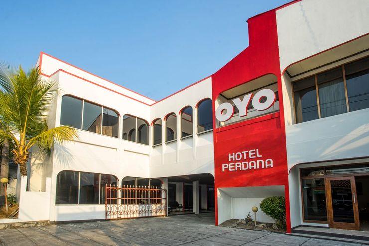 OYO 1238 Hotel Perdana Near RS Bethesda Yogyakarta - Facade