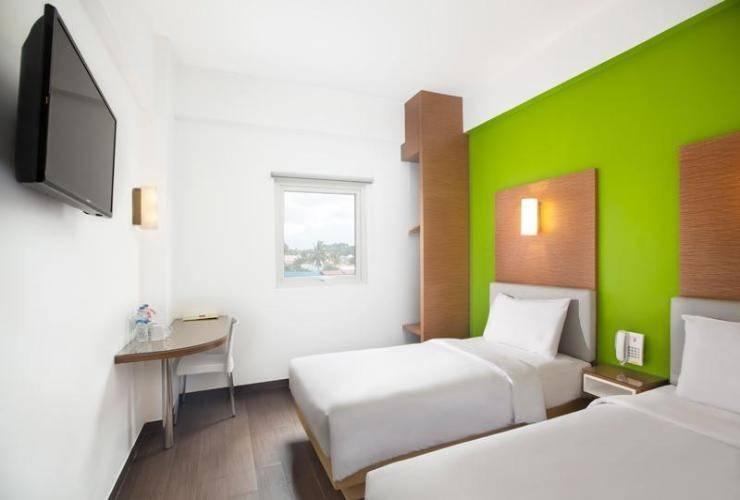 Amaris Hotel Gorontalo - ROOM