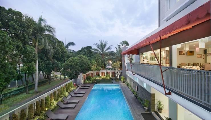 Grand Cakra Hotel Malang - Kolam Renang