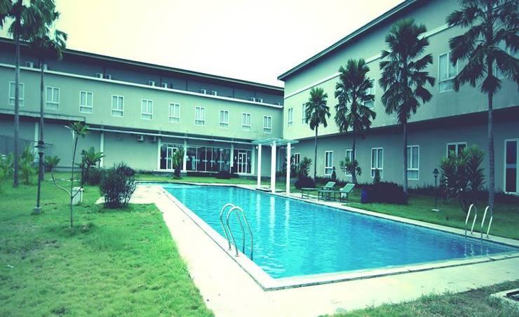 Hotel Bonero Residence Bojonegoro - Kolam Renang