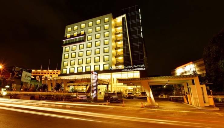 Aston Primera Pasteur - Hotel Building