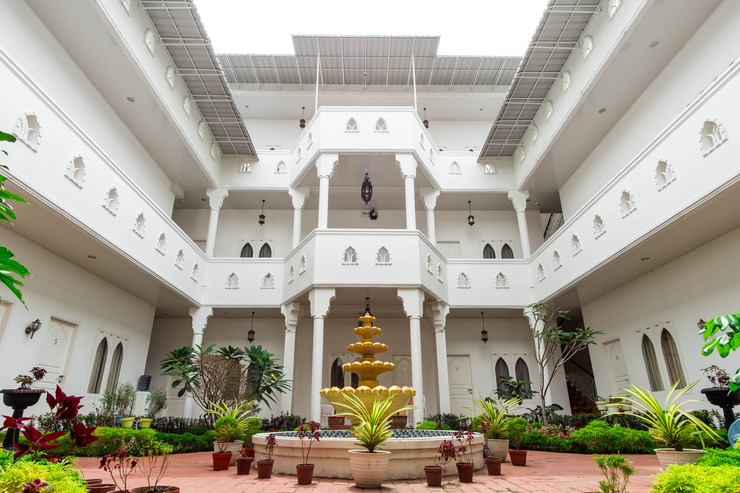 OYO 269 Grand Shaqilla Syariah Medan - interior view