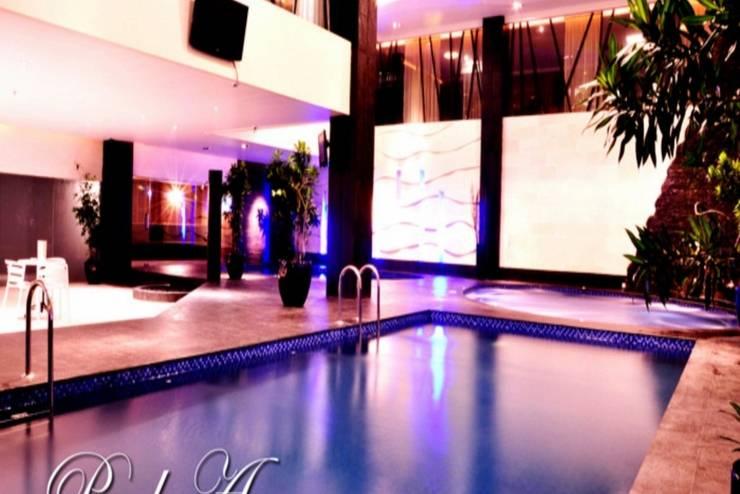 Grand Delta Hotel Medan - Area kolam renang