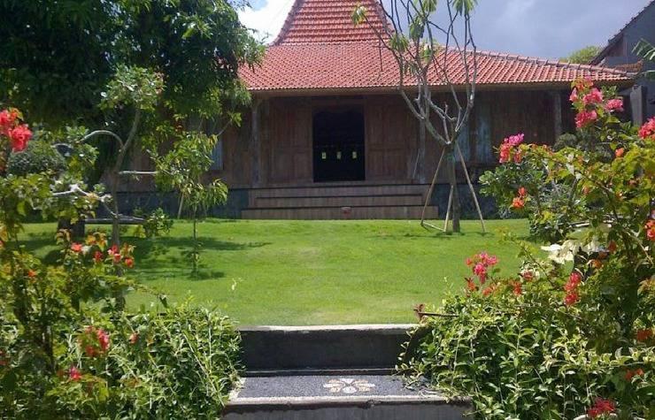 Damar Emas Guest House Bali - bangunan