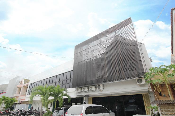 Airy Tawangsari Puri Anjasmoro EE3 5 Semarang - Exterior