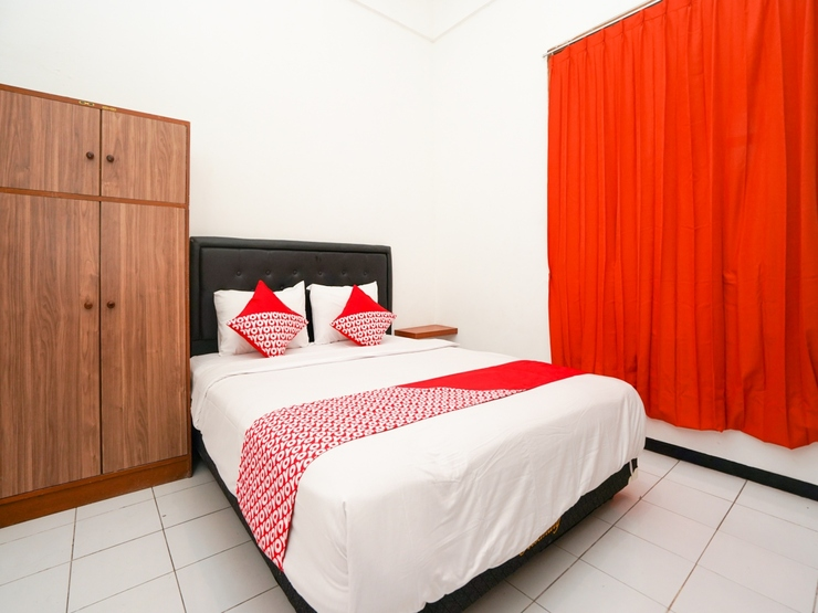 OYO 1374 semampir residence at ahmad yani Surabaya - Bedroom