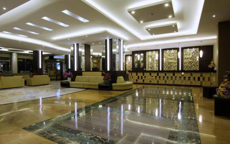 Dominic Hotel Purwokerto Banyumas - Interior