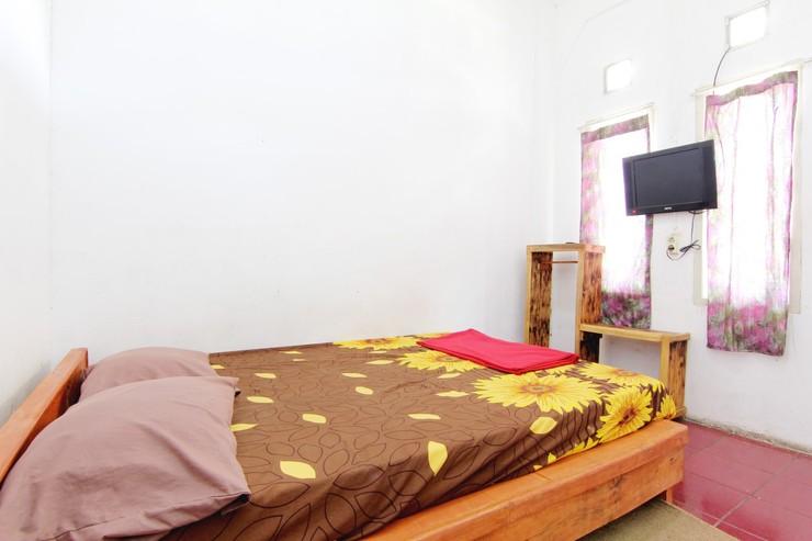 Villa Penginapan Purnama Bandung - Bedroom