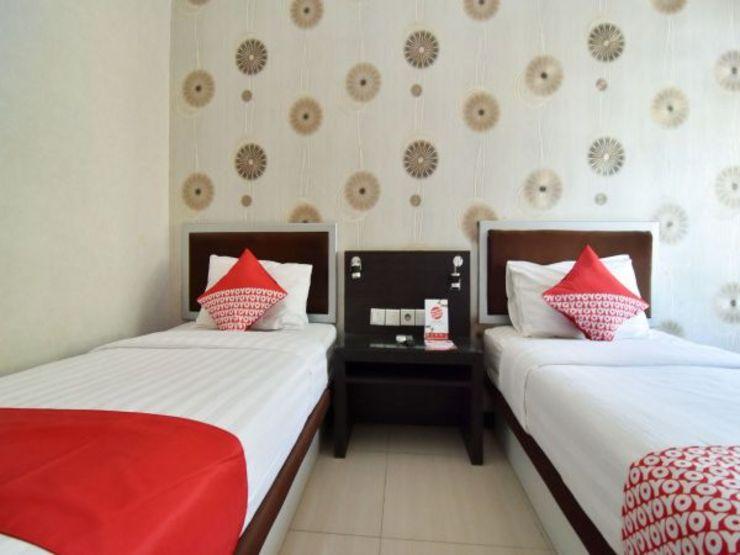 OYO 1396 D' Best Homestay Surabaya - Bedroom