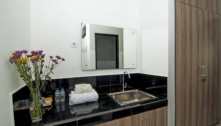 Bahana Guest House Bali - Bathroom