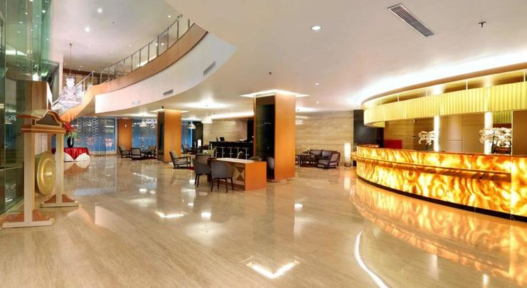 Golden City Hotel and Convention Center Semarang - Lobby