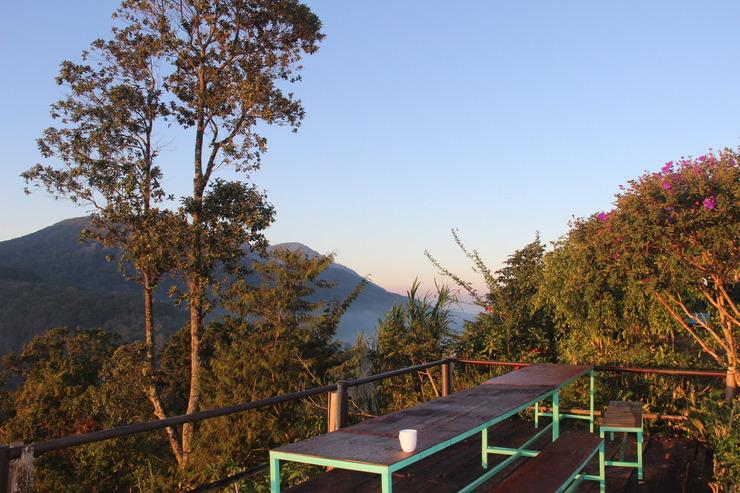 The Garuda Villa & Restaurant Bali - Tempat seberang hotel