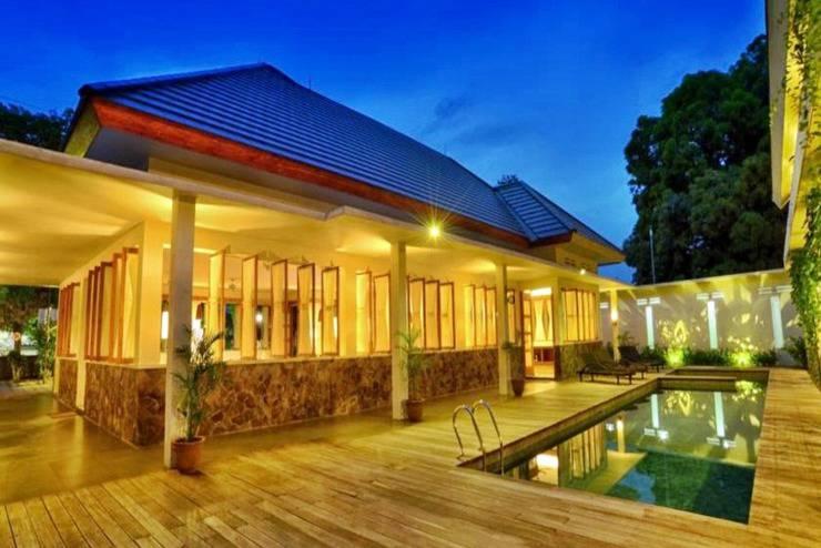 Hotel Blambangan Banyuwangi - Kolam Renang