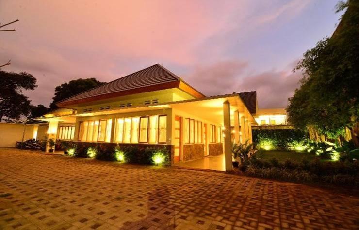 Hotel Blambangan Banyuwangi - Exterior