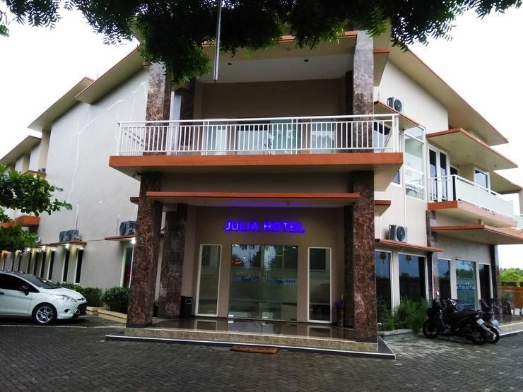 Julia Hotel Jepara - Foto profile