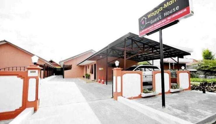 Wagga Mama Guest House Palangka Raya - Facade