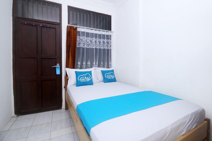 Airy Eco Syariah Latsitarda Satu 275 Samarinda Samarinda - Standard Double Room