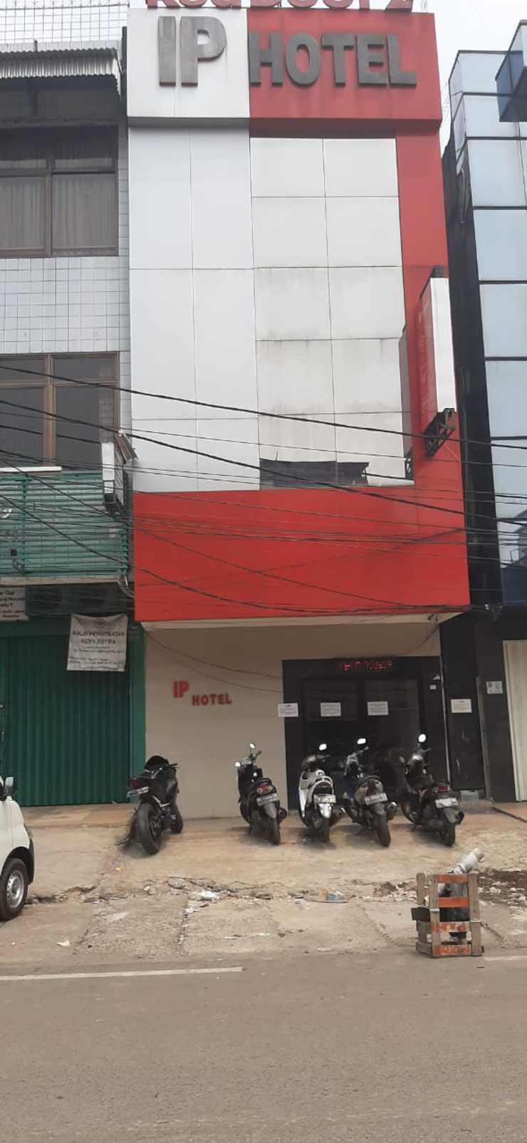 IP Hotel Palembang - Exterior