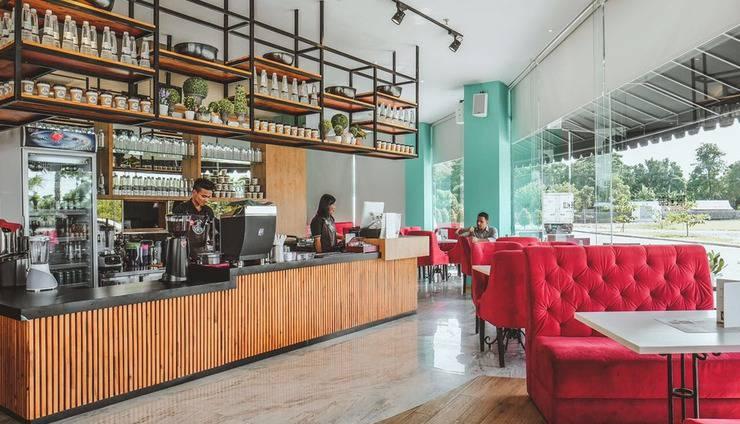 The Crew Hotel Kno Medan - Cafe