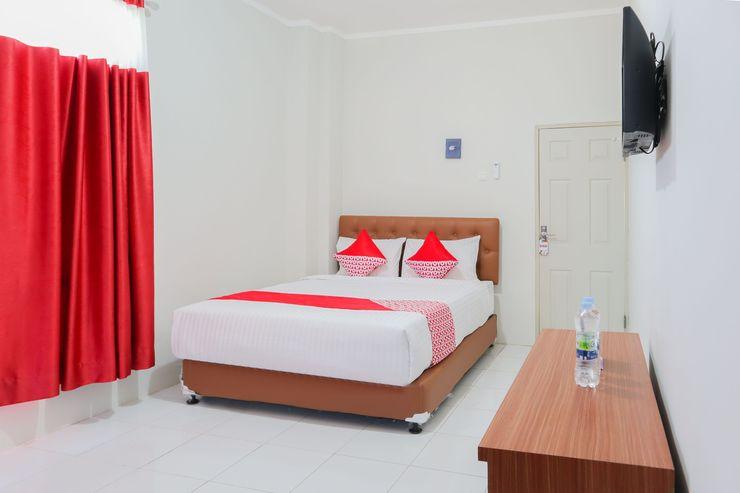 OYO 1219 Wisma Anton Soedjarwo Depok - Bedroom