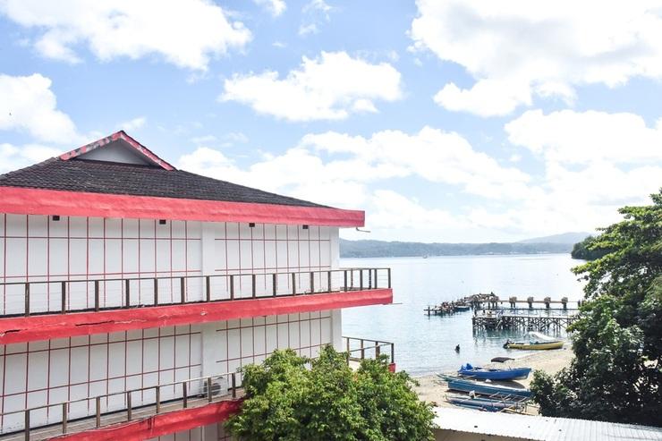 RedDoorz Plus @ Amahusu Ambon Ambon - View