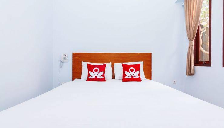 ZEN Rooms Batu Bolong Canggu - Tampak tempat tidur double