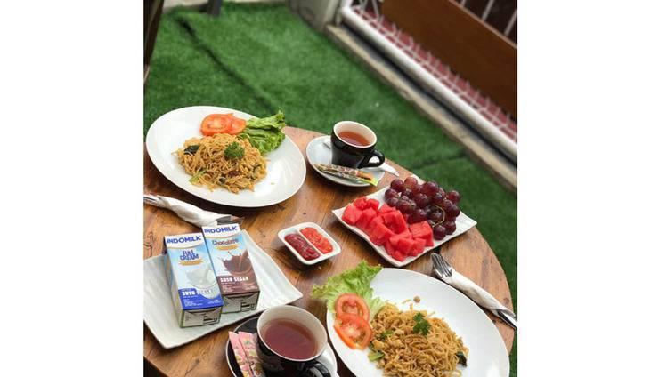 Homey Guest House Yogyakarta - Food