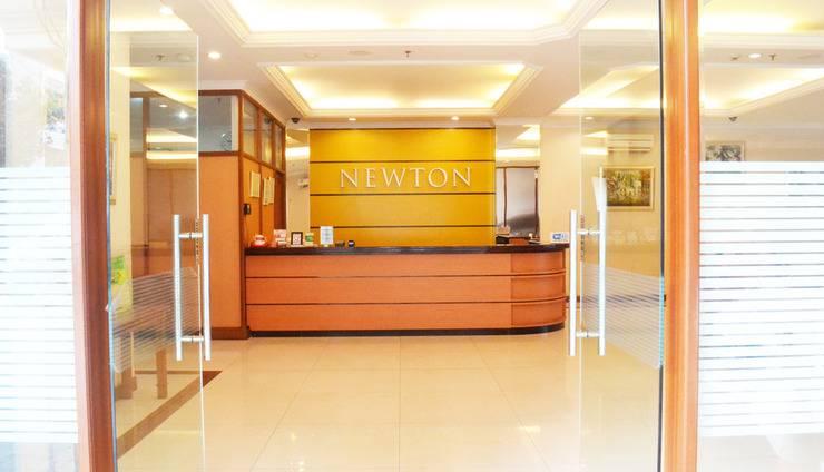 Newton Residence Jakarta - Front Office