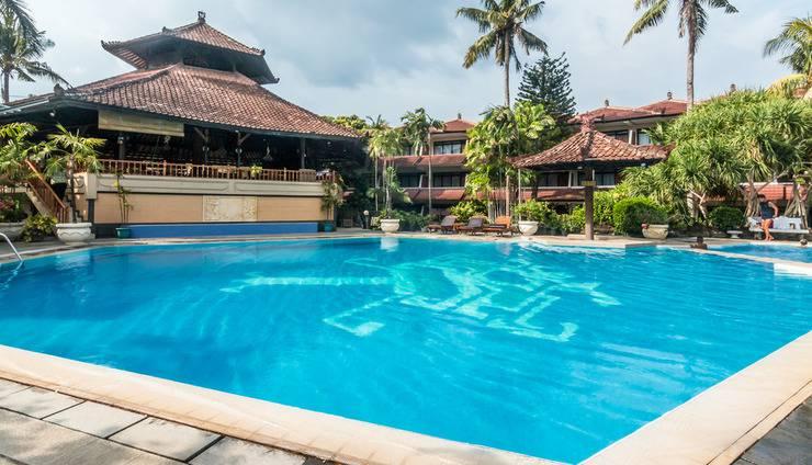 ZenRooms Kuta Jenggala Beach Bali - Kolam Renang