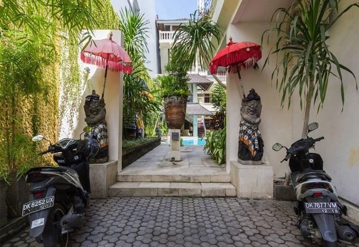 RedDoorz @Melasti Street Bali - Eksterior