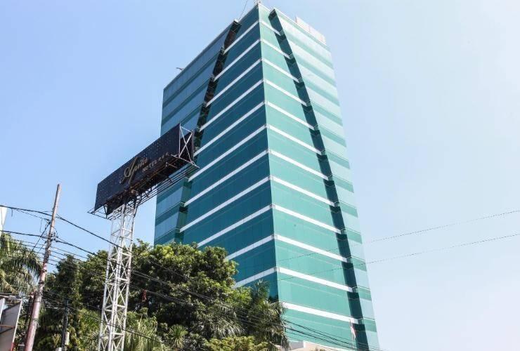 Hotel Apita Cirebon - Exterior