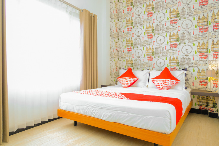 OYO 354 32 Guest House Malang - Standard Double