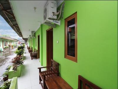 Airy Bangunharjo Parangtritis KM 4 319 Yogyakarta - Terrace