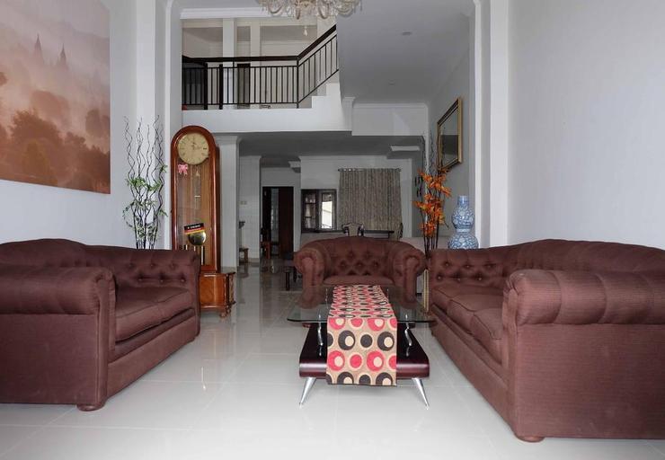 Simply Homy Guest House Malioboro 2 Yogyakarta - Interior