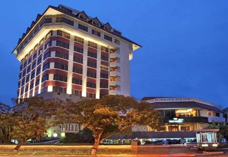 Hotel Santika Semarang - Exterior Hotel