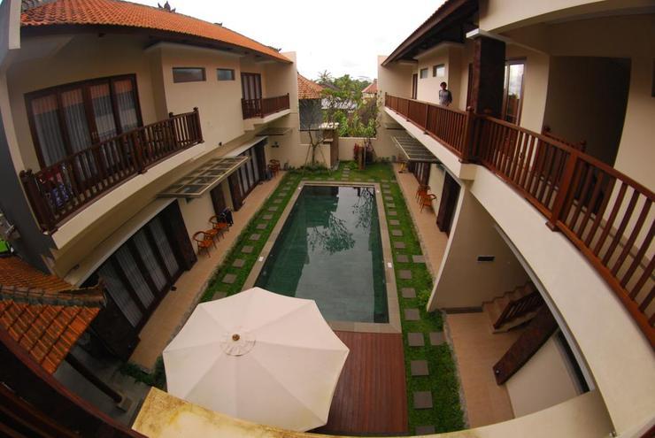 Toya Villa Suweta Bali - swimming pool