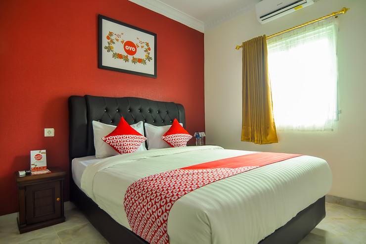 OYO 721 Sulaiman Residence Syariah Padang - Bedroom S/D